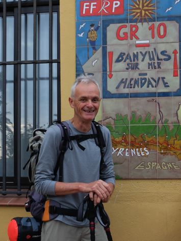 Plaque GR10 devant la Mairie de Banyuls