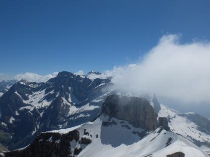 Vue depuis le sommet du Taillon (3144 m)