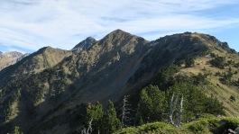 Au milieu, Pic d'Estragna, à droite le Soum de Diauzéde