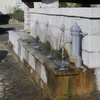 Buzy : la fontaine