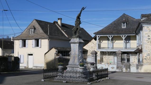 Buzy : Monument aux morts