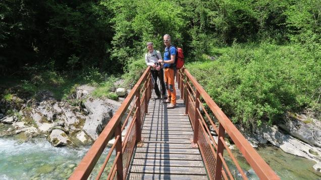 Pont dans les gorges du Hourat