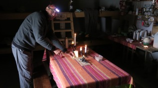 Ardané : Préparation du diner
