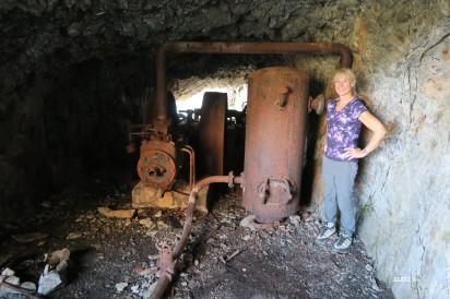 Gabi et le vieux compresseur des mines d'Anglas