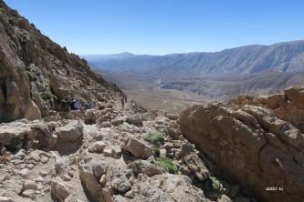 au fond, la vallée de l'Assif M'Goun