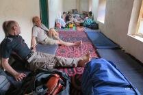 salle commune, salle à manger, dortoir etc.