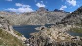 dominant le lac de Bachimaña alto, le pic Serrato