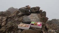 Casse-croûte de luxe pour oublier le brouillard