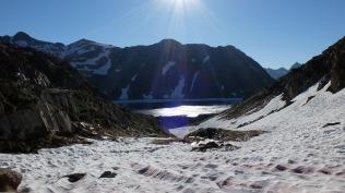 J 20 – le lac de Certascan (2236 m) sous le col de Certascan (2585 m)